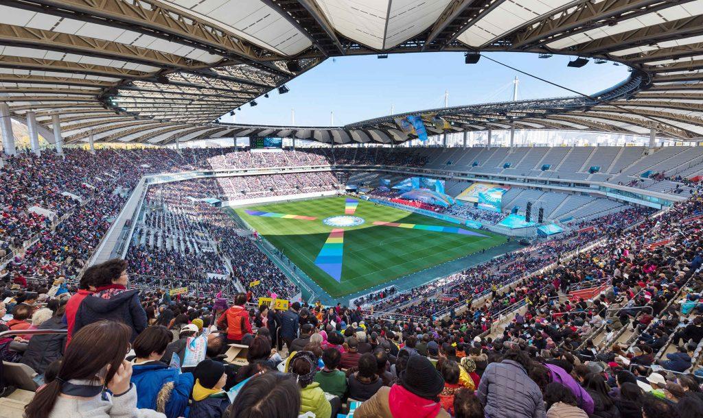 会場となったソウルワールドカップ競技場|世界平和統一家庭連合公式サイト